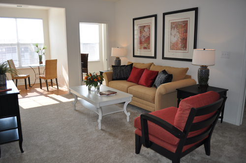 Check out these tips for effectively rearranging your apartment furniture!