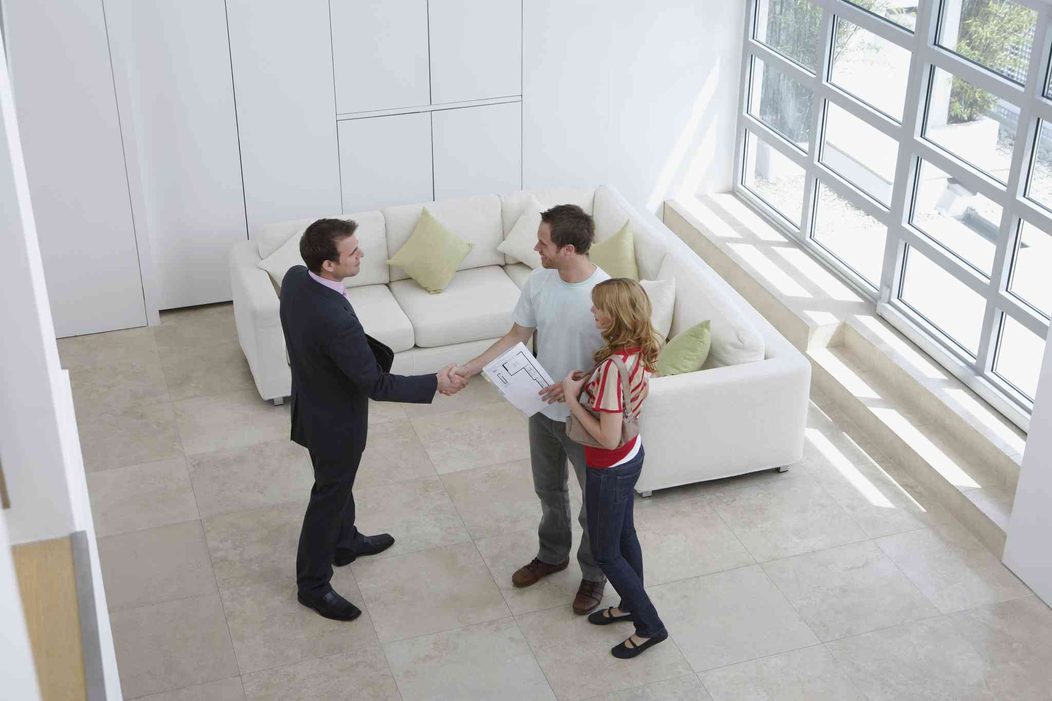 Learn what to look for during an apartment inspection.