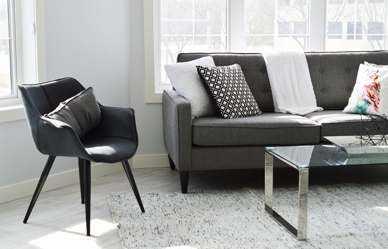 Learn about four apartment decor ideas that won't damage the walls!